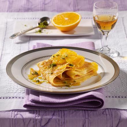 Pistazien-Crêpes mit Orangensoße Rezept