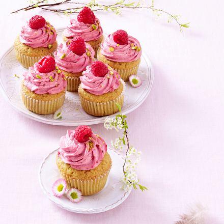 Pistazien-Cupcakes mit Himbeer-Mascarpone-Topping Rezept