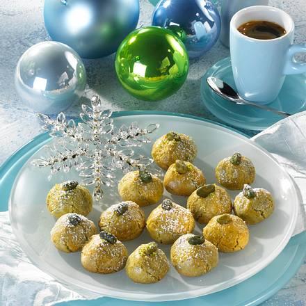 Pistazien-Marzipan-Hütchen Rezept