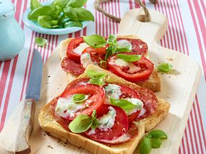 Pizza-Crostini Rezept