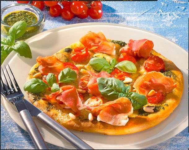 Pizza Verde mit Parmaschinken Rezept