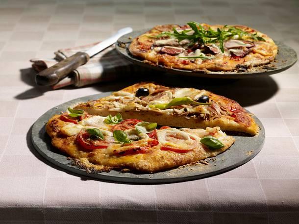 Pizzen (Margherita, Tonno e cipolla, Parmaschinken-Rucola) Rezept