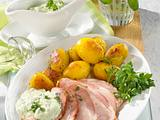 Pochiertes Kasseler mit Frankfurter grüner Soße Rezept