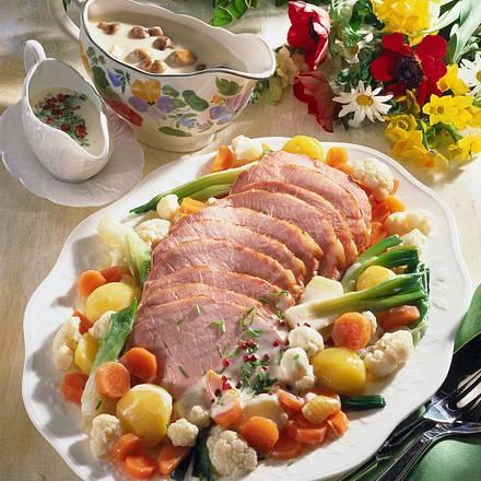 Pochiertes Kasseler mit Gemüse Rezept