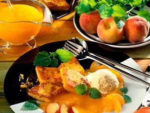 Polenta-Rauten zu Eis & Früchten Rezept
