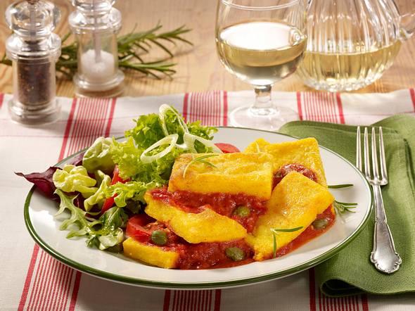 Polentaschnitten mit Tomatensoße Rezept