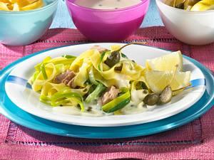 Porree-Bandnudeln mit Thunfischsoße Rezept