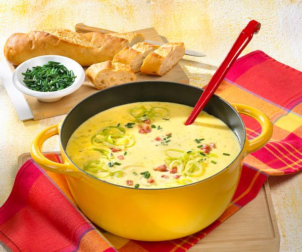 Porree-Käsesuppe mit Schinken Rezept