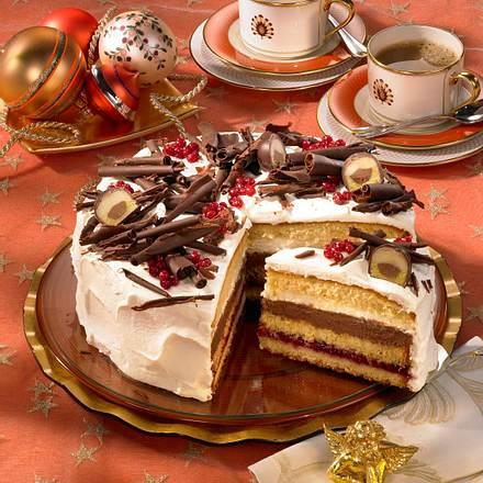Preiselbeer-Mozart-Torte mit Kakaorand Rezept