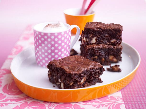 Schnelle Kuchen - unwiderstehliche Turbo-Rezepte - easy-chocolate-and-courgette-brownies