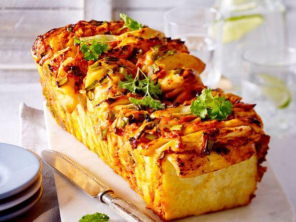 Pull-Apart-Bread mit Hähnchen und Käse Rezept