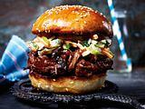 Pulled-Beef-Burger mit Apfel-Coleslaw Rezept