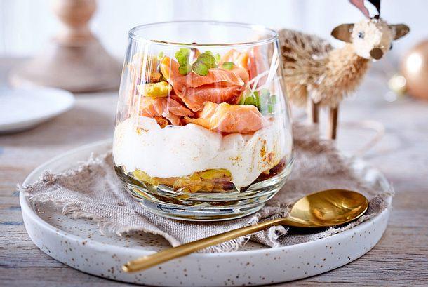 """Pulled-Lachs-Trifle """"Fix aufgetürmt"""" Rezept"""