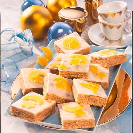 Punschkuchen vom Blech aus Marzipan-Rührteig mit Guss Rezept