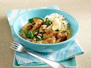 Puten-Curry mit Blattspinat und Cashewkernen Rezept