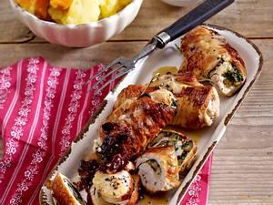 Puten-Roulade mit Spinat-Füllung und Kartoffeln Rezept