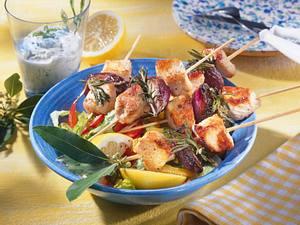 Puten-Schaschlik mit Salat Rezept