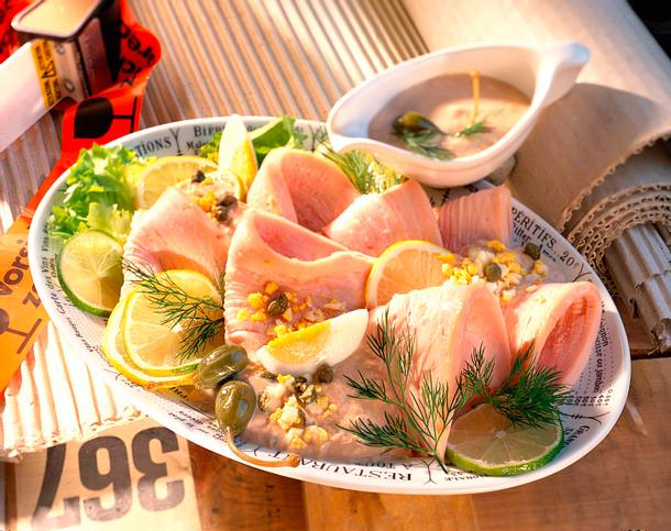 Putenbrust mit Thunfischsoße Rezept