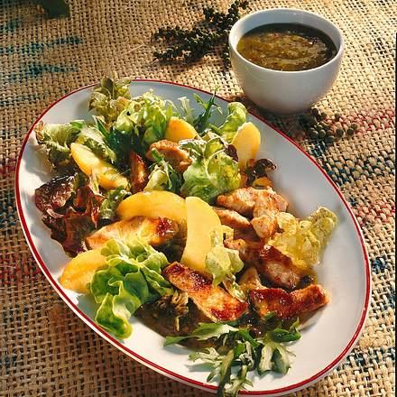 Putenbrustsalat mit Salsa verde Rezept