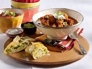 Putenchili-Töpfchen zu Spitzkohl-Tortilllas Rezept