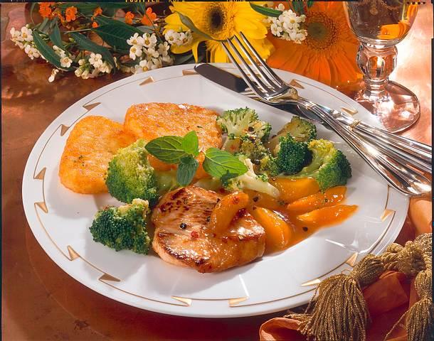 putenfilet mit r sti ecken und broccoli aprikosen gem se rezept chefkoch rezepte auf. Black Bedroom Furniture Sets. Home Design Ideas