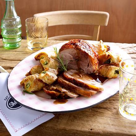Putenoberkeule und Weißbrot-Spargel-Röllchen Rezept