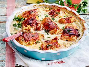 Putenröllchen in Frischkäsesoße mit Kartoffel-Knoblauch-Stampf Rezept