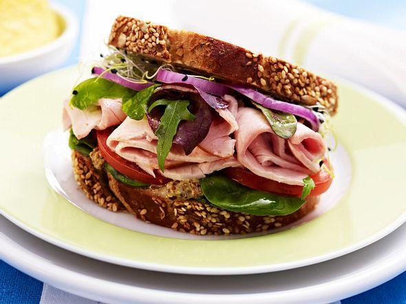 Putensandwich mit Senfcreme Rezept