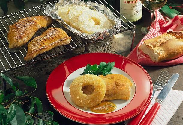Putenschnitzel mit Ananasringen Rezept