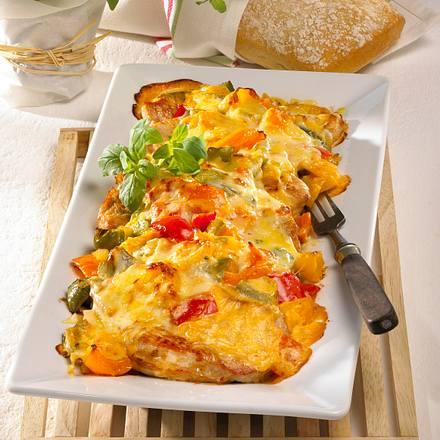 Putenschnitzel mit Paprika-Zwiebel-Haube Rezept