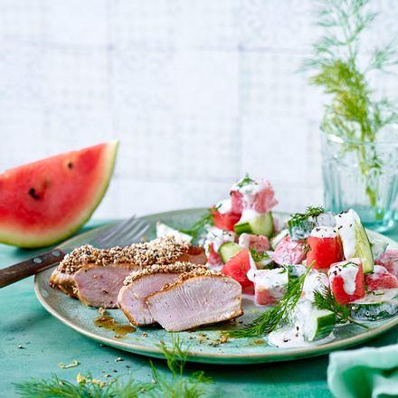 Putensteaks mit Amaranth-Senf-Haube zu Sommersalat Rezept