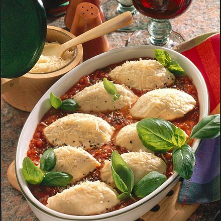 Quarkklöße mit Tomaten-Basilikumsoße Rezept
