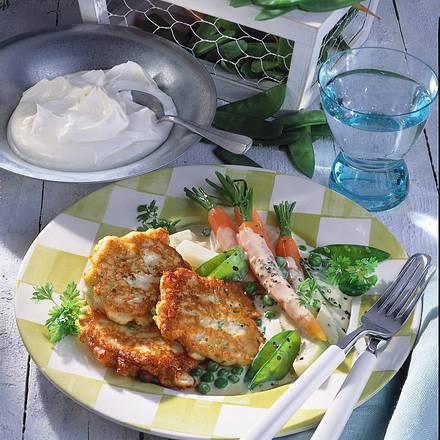 Quarkplinsen mit jungem Gemüse-Ragout Rezept