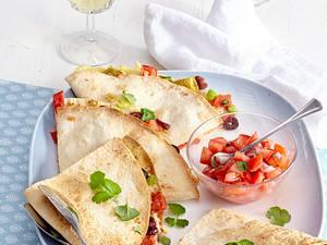 Quesadillas mit Tomatensalsa Rezept