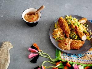 Quinoa-Chicken-Fingers mit Erdnusssoße Rezept