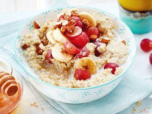 Quinoa-Porridge mit Trauben und Banane Rezept