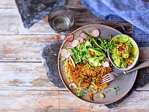 Quinoa-Rösti zu knackigem Salat Rezept