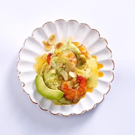 Raclette-Pfännchen mit Garnelen und Avocadocreme Rezept