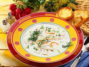 Radieschen-Gurken-Joghurtsuppe Rezept
