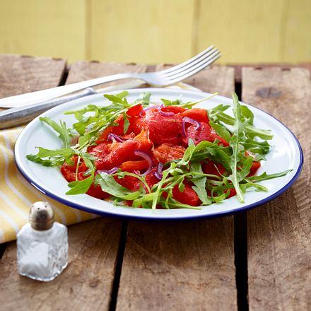 Rauke-Salat mit gerösteter Paprika Rezept
