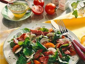 Raukesalat mit Zungensülze Rezept