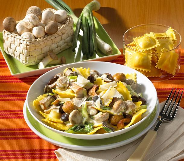 Ravioli mit Pilz-Sahne-Soße Rezept