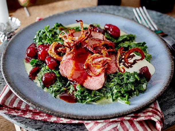 Rehrücken mit Cranberrys und Spinat Rezept