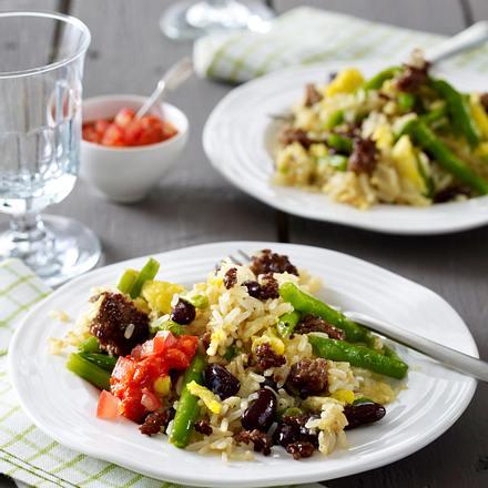 Reis-Bohnen-Pfanne mit Hack und Ei Rezept