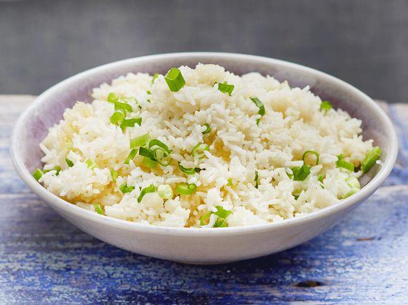 Reis mit Lauchzwiebeln Rezept