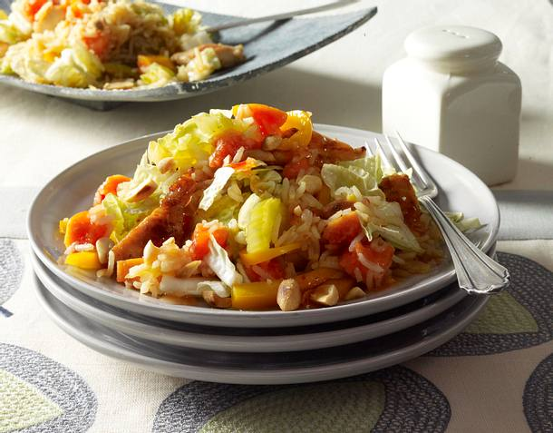 Reissalat mit gebratenem Hähnchenfilet Rezept