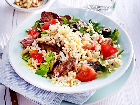 Reissalat mit Rauke und Tomate Rezept