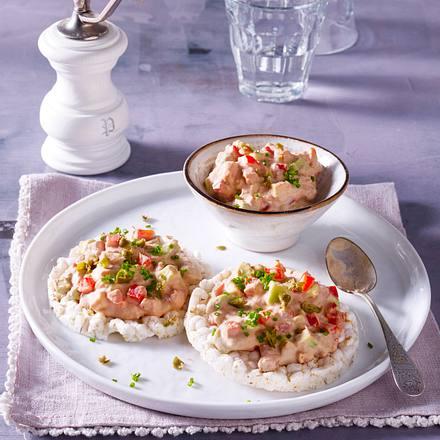 Reiswaffel mit Thunfischcrème Rezept