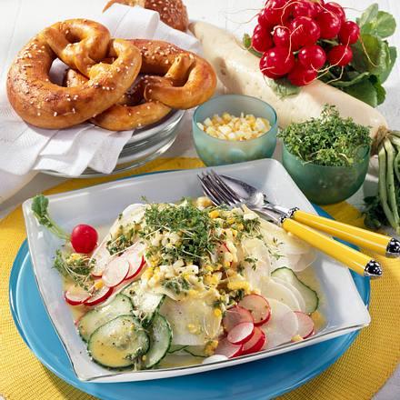 Rettich-Radieschen-Salat mit Senf-Dressing Rezept