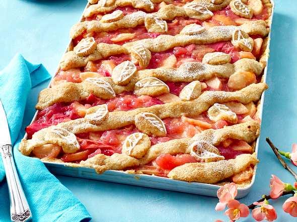 Rhabarber-Apfel-Kuchen Rezept